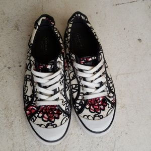 Authentic COACH Poppy Daisy Sneakers